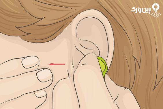 نگه داشتن هندزفری در گوش 2