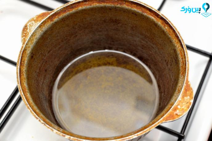 داغ کردن روغن برای تهیه چیپس خانگی