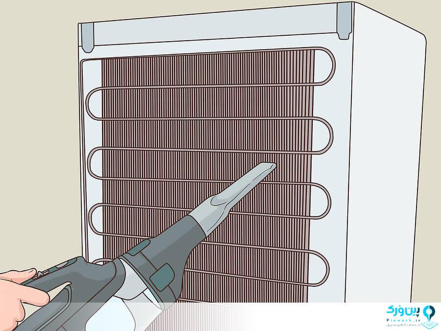تمیز کردن لوله های پشت یخچال