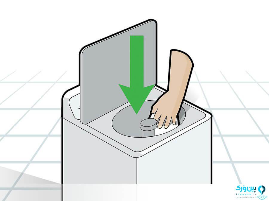 تمیز کردن ماشین لباسشویی با دستمال