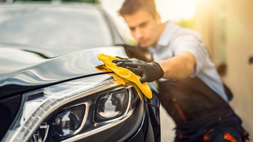 شست و شو و نظافت ماشین