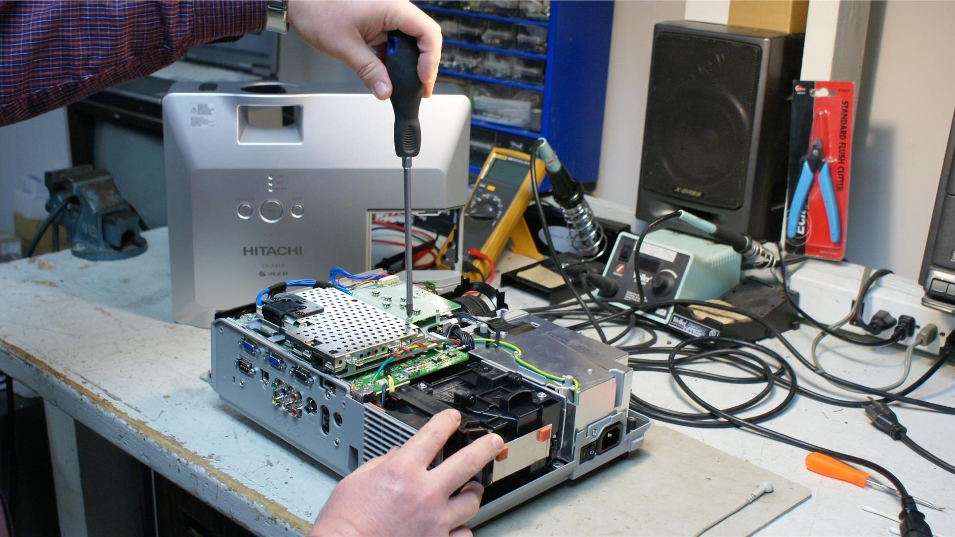 تعمیر ویدیو پروژکتور
